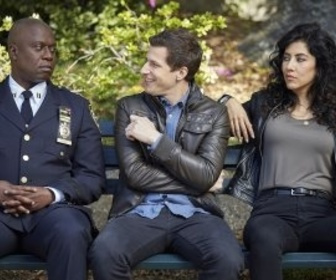 Replay Brooklyn 99 - S3 E22 : Le casse du FBI