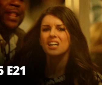 Replay 90210 Beverly Hills : Nouvelle Génération - S05 E21 - Feux d'artifices