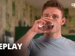 Replay Hollyoaks : l'amour mode d'emploi - Episode du 1 juillet 2021