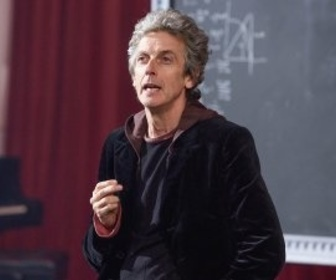 Replay Doctor Who - S10 E1 : Le pilote